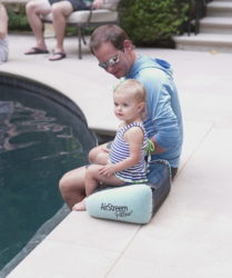 inflatable pool pillow
